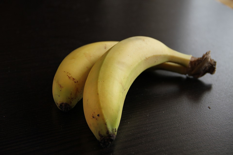 Healthy food to cure hangover #4 - bananas