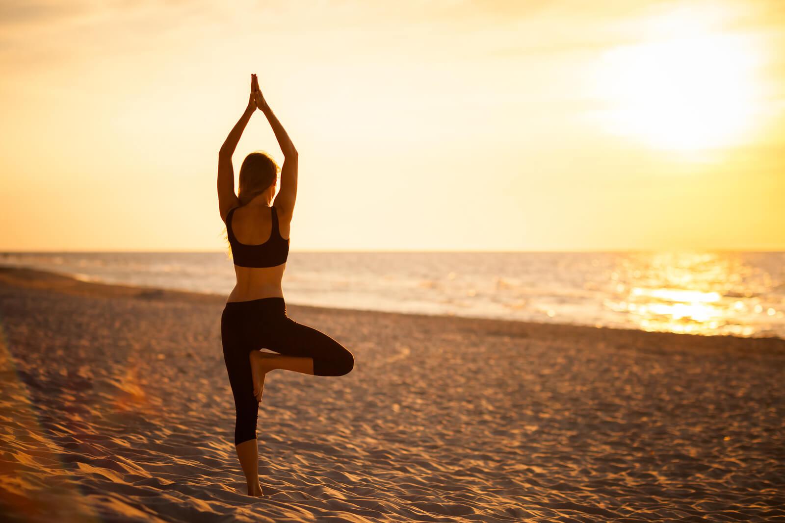 Tree Pose Yoga Vrikshasana Steps And Health Benefits